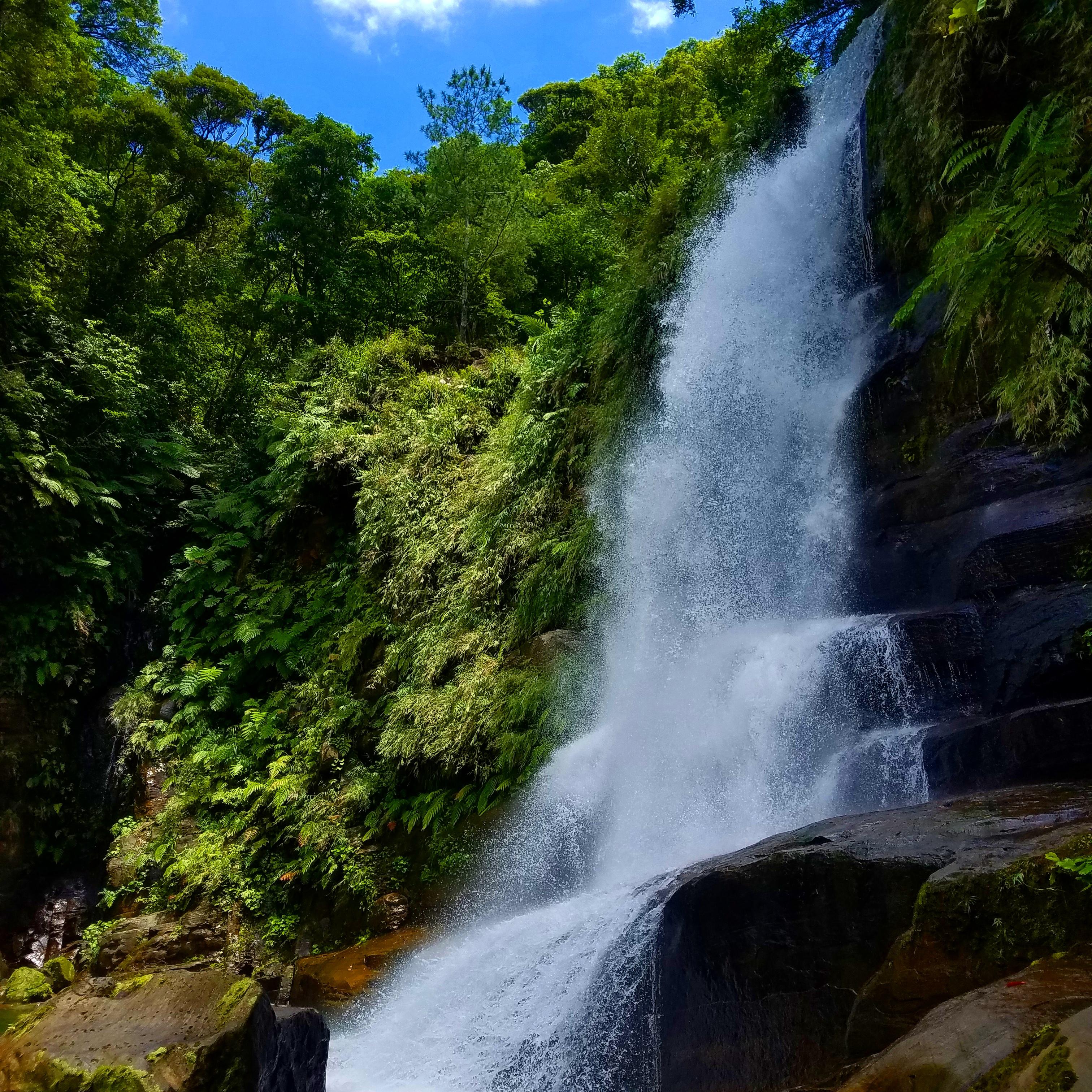 秘境の滝、ナーラ