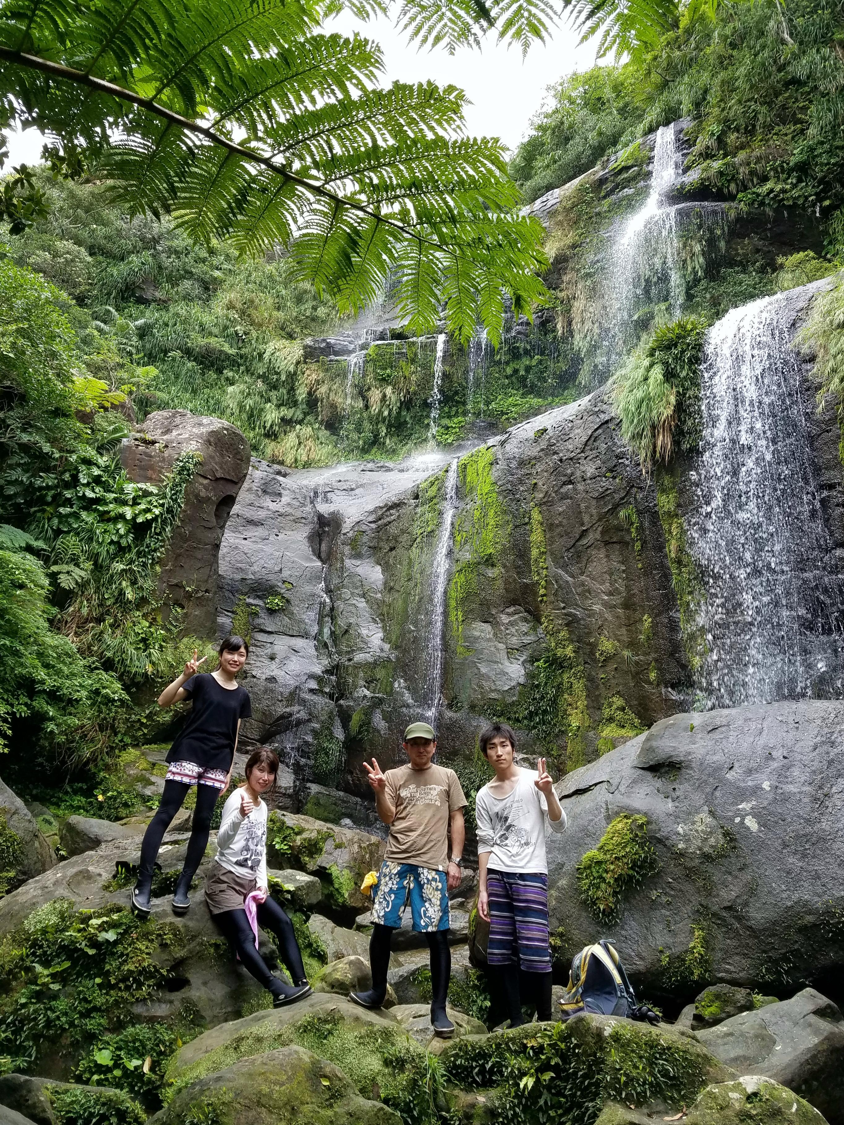 ユツンの三段滝ツアー