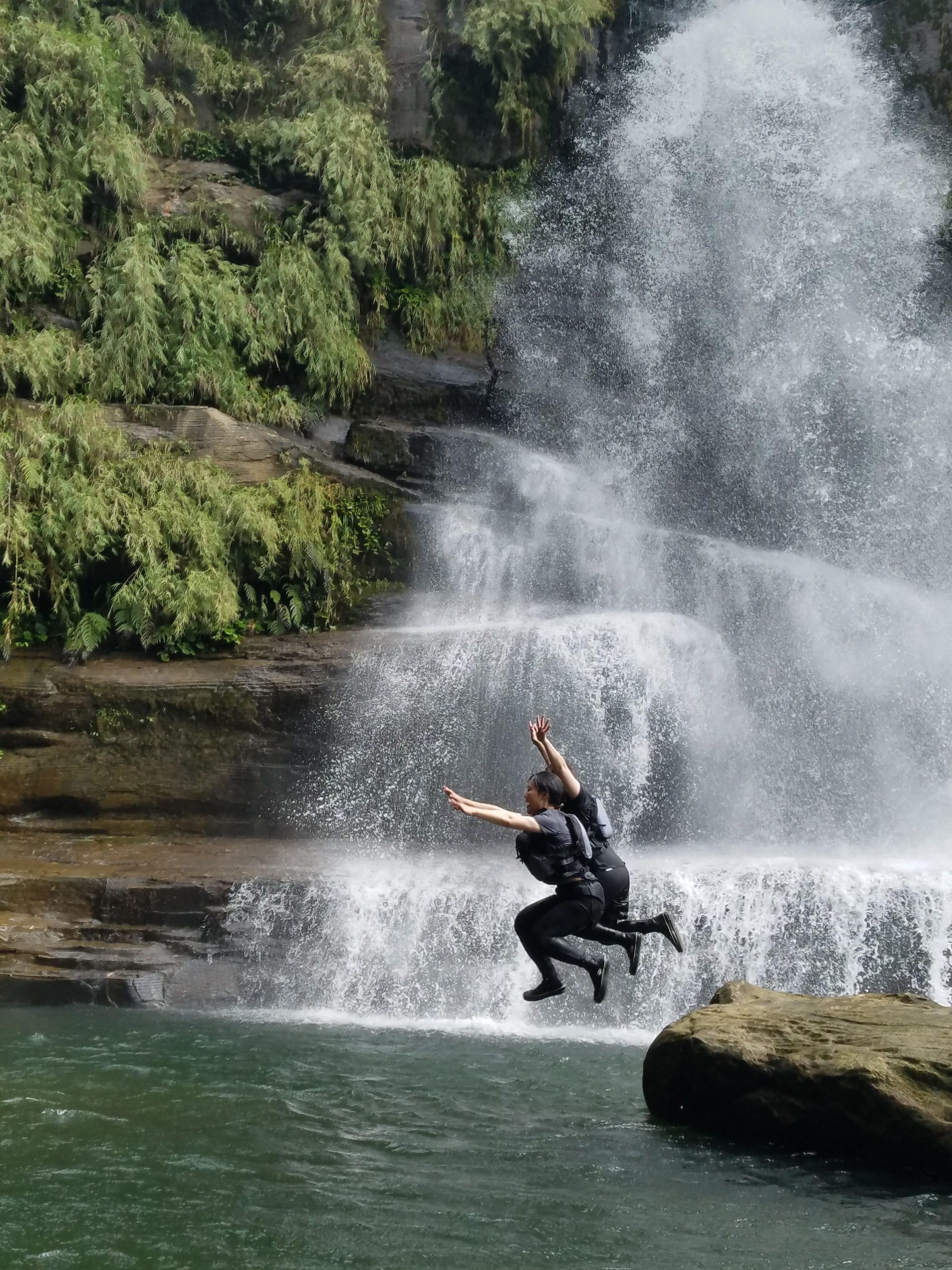 ナーラの滝カヤック&トレッキング