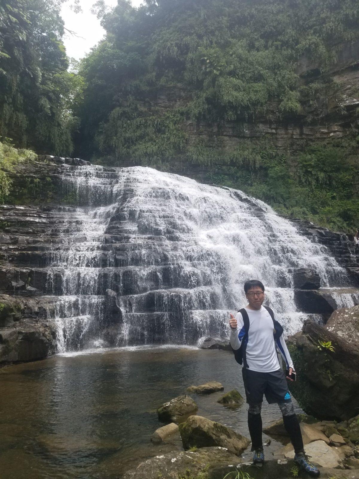 マヤグスクの滝トレッキングツアー